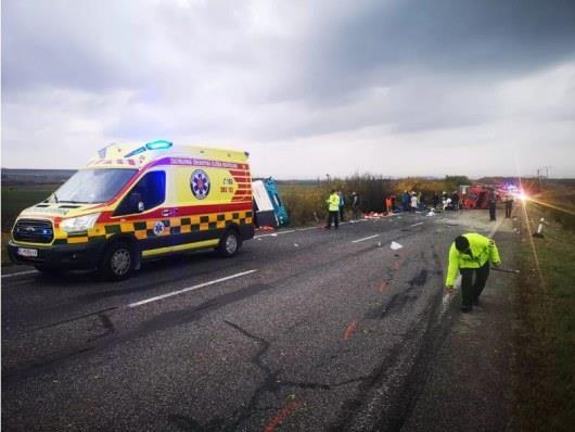 В Словакии столкнулись автобус и грузовик, погибли 13 человек